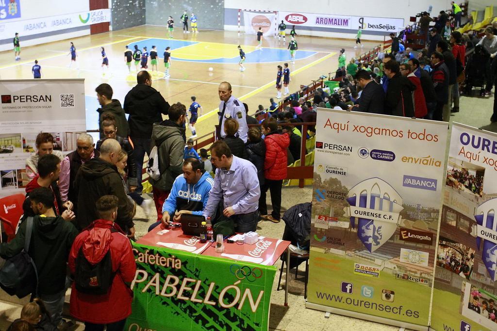 Galería fotográfica del derbi Ourense Envialia Cidade de As Burgas disputado el pasado sábado