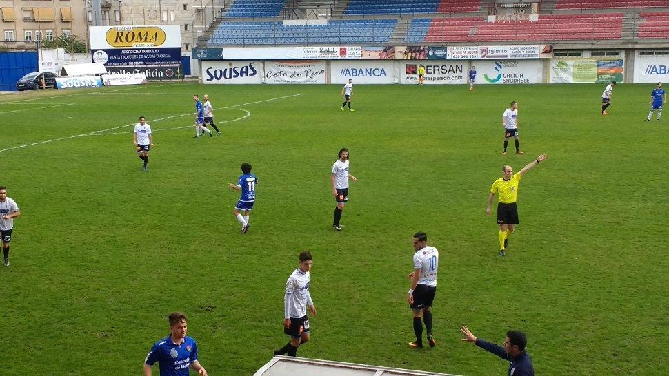 Un gol del Boiro en el tramo final del partido deja sin premio el ... f5366f4d1e911